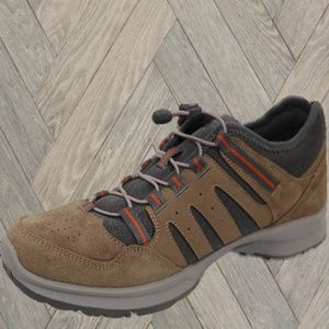 Dr. Scholl's Men's Tan Trail Bungee Shoes NWT